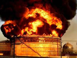 تصویر از خسارت میلیون یورویی آتشسوزی در پتروشیمی بوعلی سینا/ توقف تولید پنج مجتمع پتروشیمی وابسته